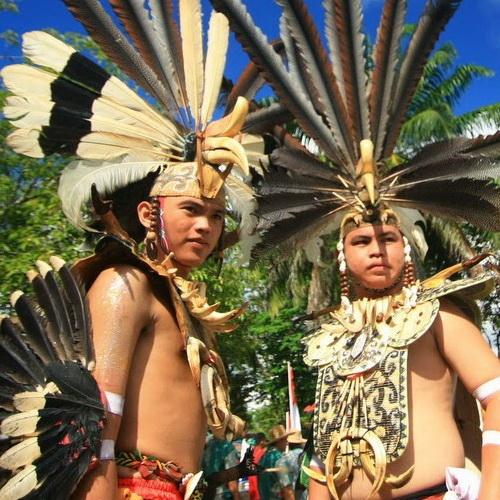 Tinuku Travel Isen Mulang Cultural Festival each May in Palangkaraya city presents Dayak cultural and traditional boat race