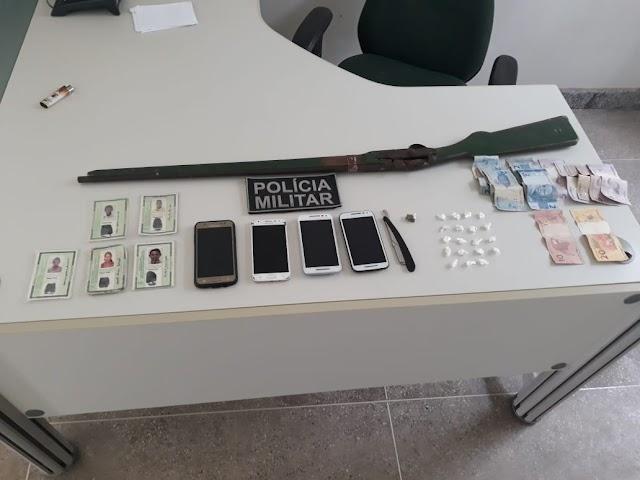 Polícia militar de Mucambo realiza prisão por tráfico de drogas.