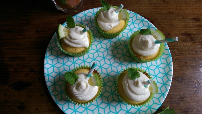 http://www.watercolorcake.fr/2016/07/cupcakes-mojito.html#more