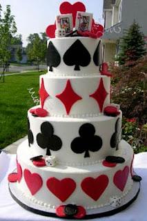 red wedding cakes 4 - Bolo de Casamento Clássico - Inspirações