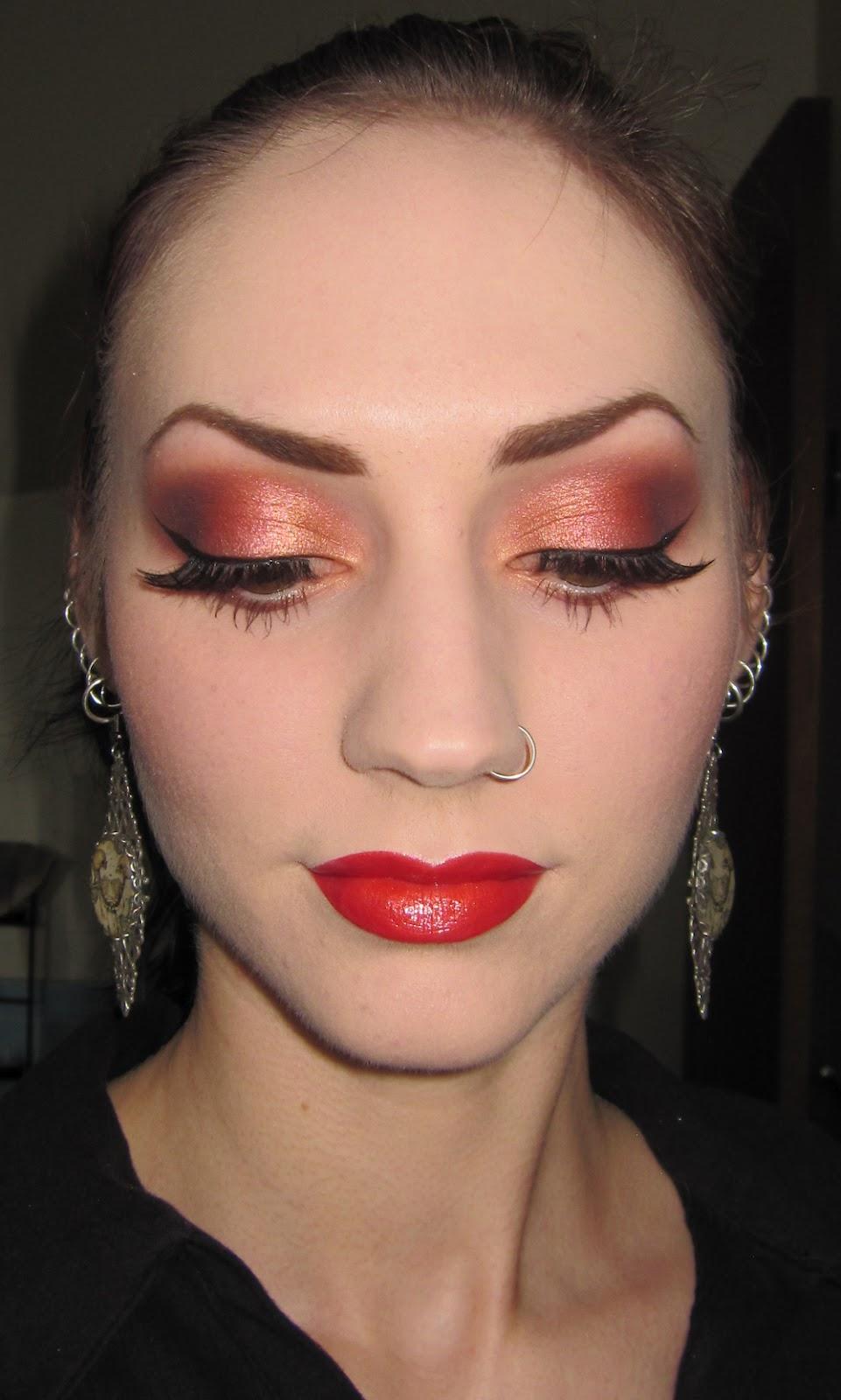 Summer Makeup: Glitter Is My Crack...: Warm Summer Makeup Look With 26