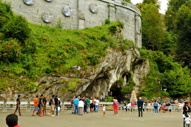 Grotto Masabel. Lourdes. France. Грот Масабьель. Лурд. Франция.