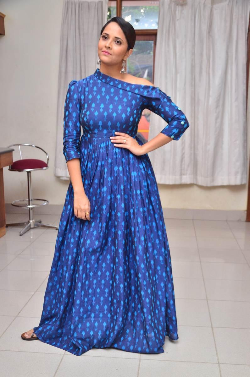 Anchor Anasuya in a Blue Gown at Jai Lava Kusa Trailer Launch