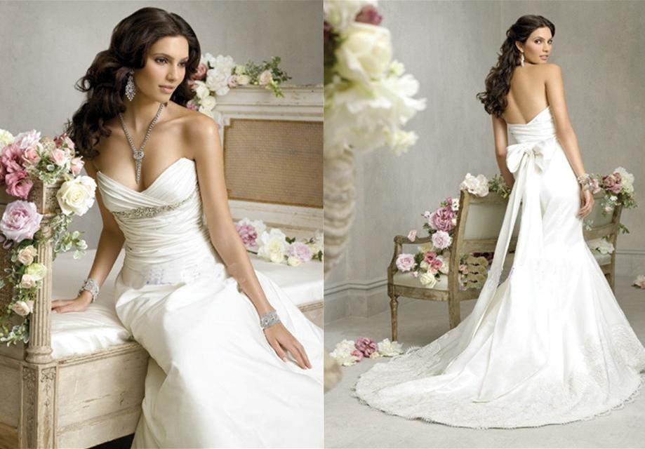 BEST WEDDING IDEAS: White Lace Wedding Gowns