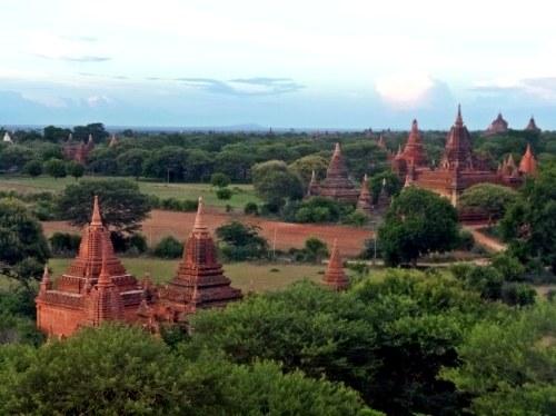 Estupas en Bagan