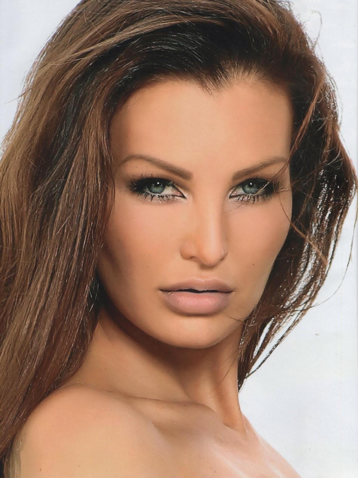 Helen De Muro @HelenDeMuro Featured In Playboy Magazine