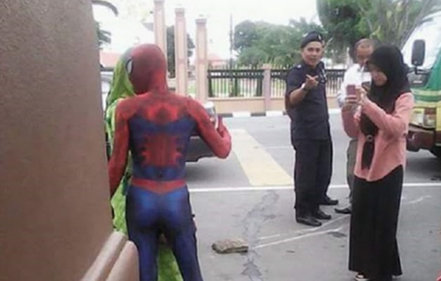 Isu Nasi Lemak Spiderman Kena Angkut MPKB, Ini Jawapan Abe Spiderman