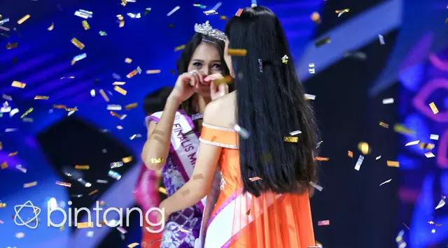 Gosip Terhangat - Suasana Penyerahan Mahkota Miss Celebrity Indonesia 2016