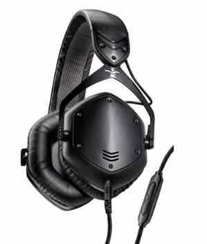 Best bass headphones under 200 dollars