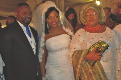 1funke+akindele%27s+wedding+lindaikejiblog Wedding photos: Funke Akindele weds Kenny Almaroof