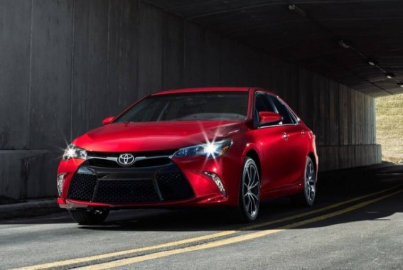 2019 Toyota Camry Model Lineup
