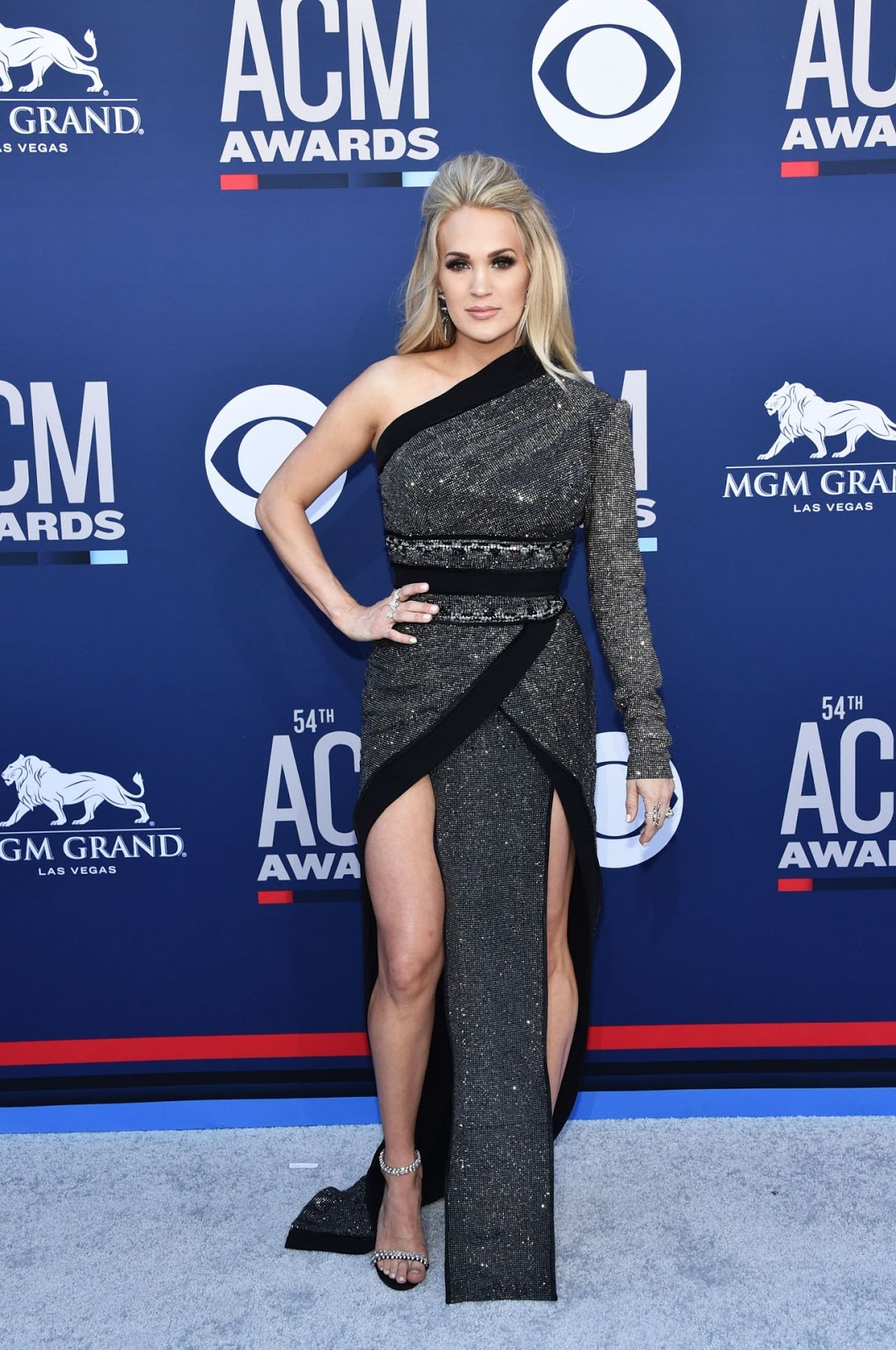 Carrie Underwood – 54th Annual ACM Awards at MGM Grand in Las Vegas