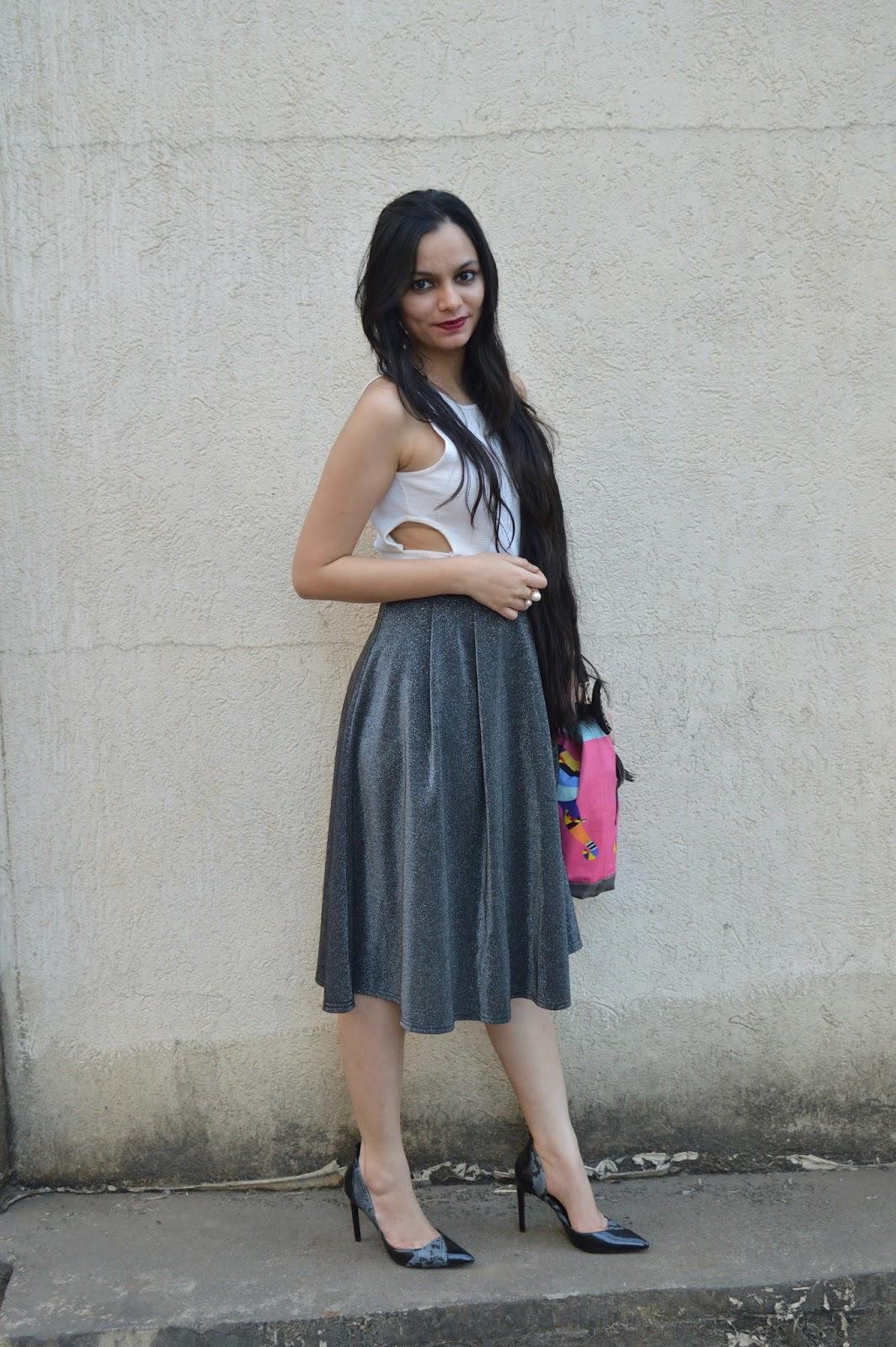 183cb3af0e93 Midi Skirt Outfits Ideas