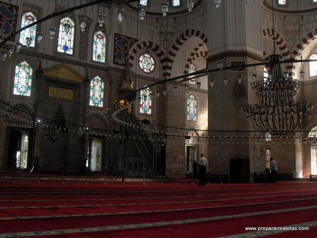 interior mezquita estambul