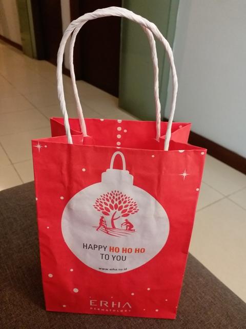 paper bag Erha Clinic