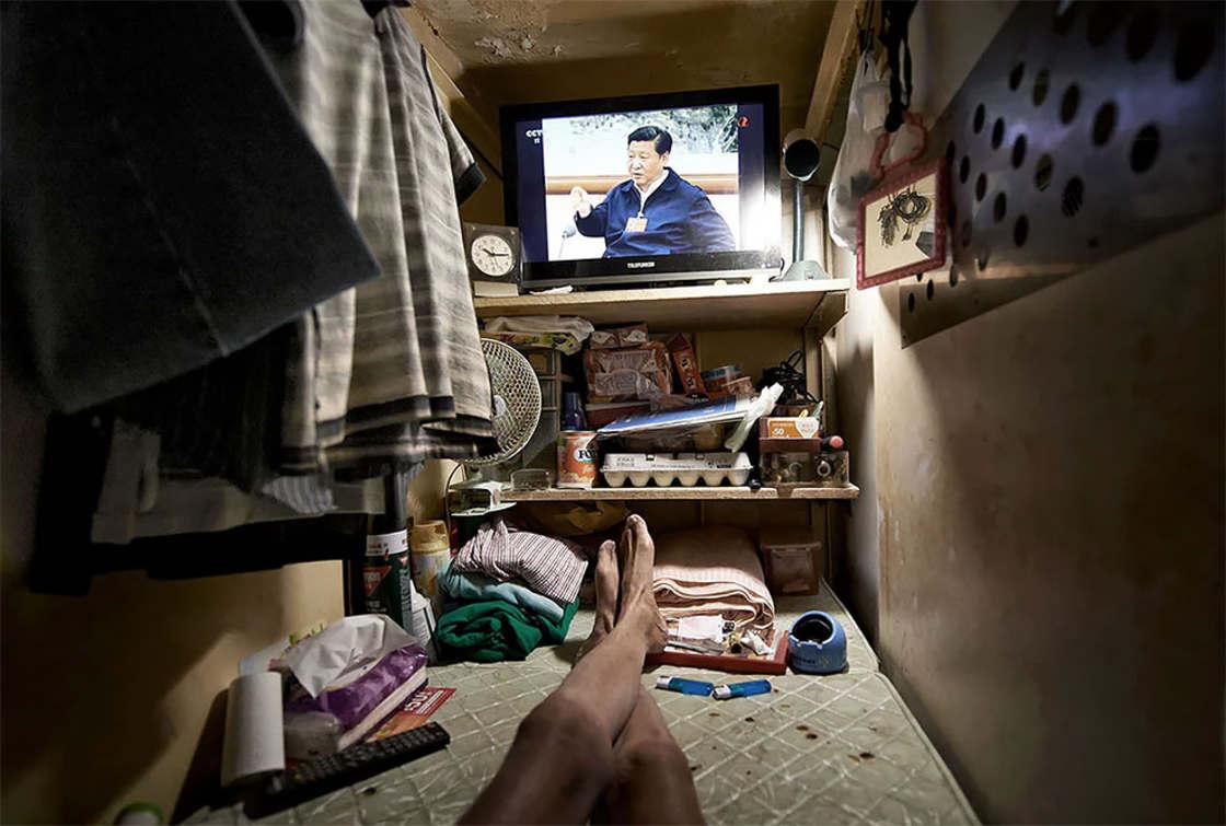 A vida dos moradores de micro apartamentos em hong kong - Apartamentos en hong kong ...