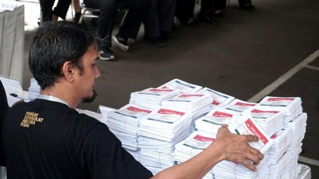 Honor KPPS Rp 550 Ribu Dipotong Pajak | FOKUS METRO SULBAR