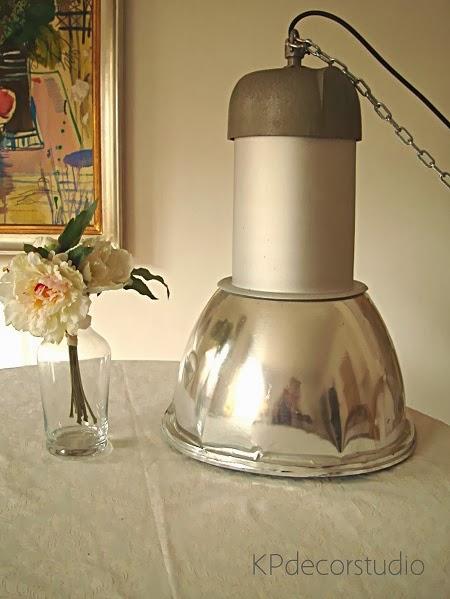 Comprar lámparas de techo industriales listas para colocar.