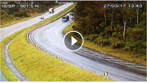 Vídeo do Acidente na Br-116 em Barra do Turvo neste 27/03