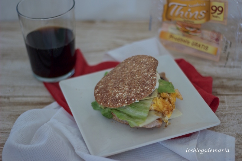 Cartujano en panes de sandwich Thins, receta Degustabox