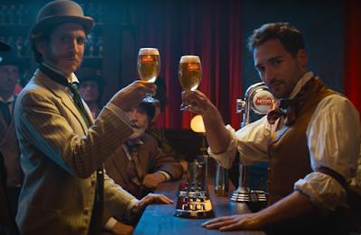 Nova campanha da Stella Artois leva o público de volta ao passado