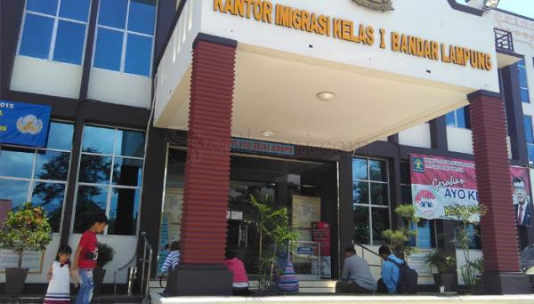 Syarat dan Biaya Buat Paspor di Bandar Lampung 2020 - wLampung