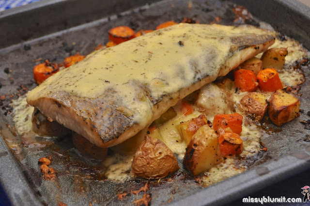 Cá bóp nướng tỏi ớt và dầu oliu