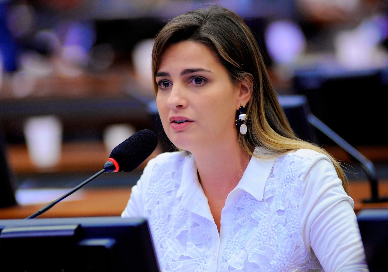 Clarissa Barros Assed Garotinho Matheus de Oliveira
