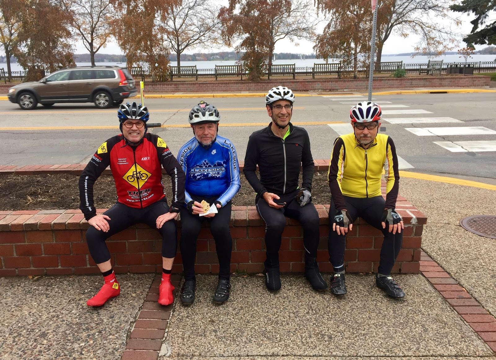 Bicycling Group 115