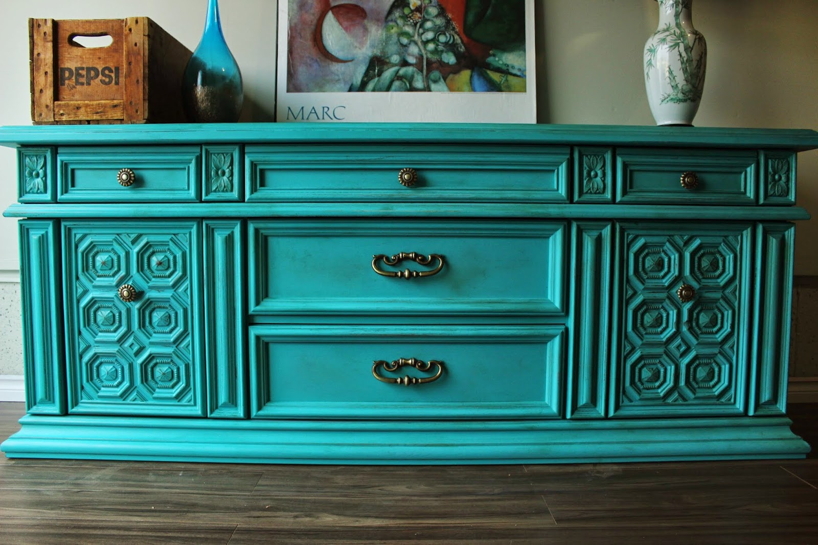 http://re-tiqued.blogspot.ca/2014/12/energetically-aged-dresser.html