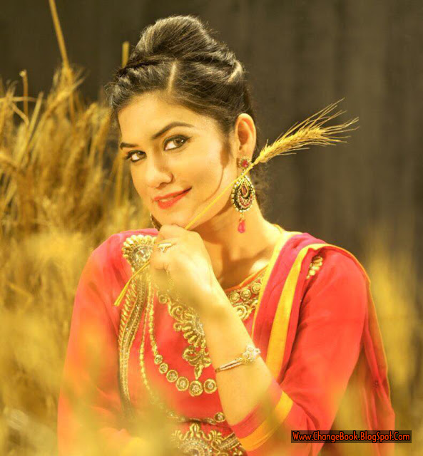 Kaur B Cute Hd Pictures | World Page