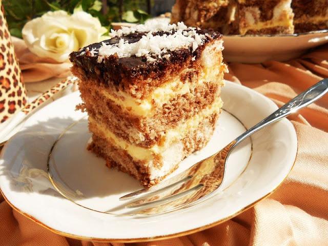 Łaciate ciasto biszkoptowe z masą serową