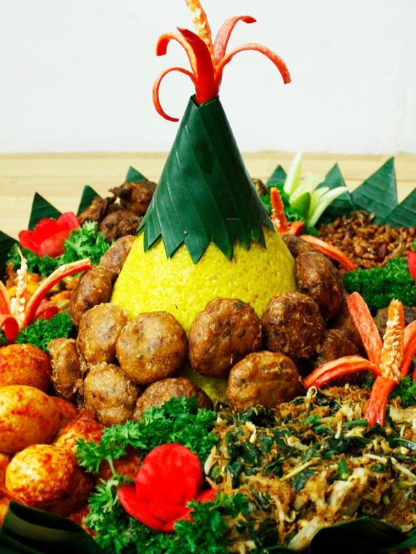 Nasi Tumpeng Manado ( Premium )