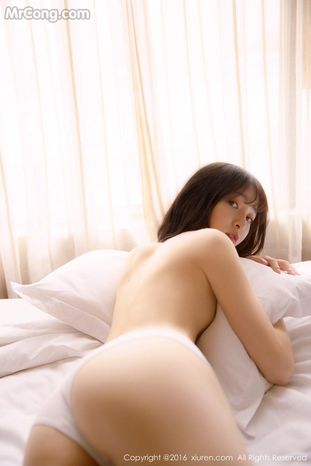 Image MrCong.com-XIUREN-No.571-MoMo-Yi-Xiao-Qi-008 in post XIUREN No.571: Người mẫu MoMo (伊小七) (51 ảnh)