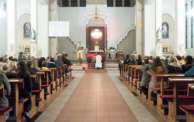 Nocne Spotkania Młodych Pyskowice- 2019 - MBNP - kosciol