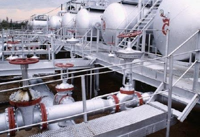 The application of valves on the oil pipeline installation