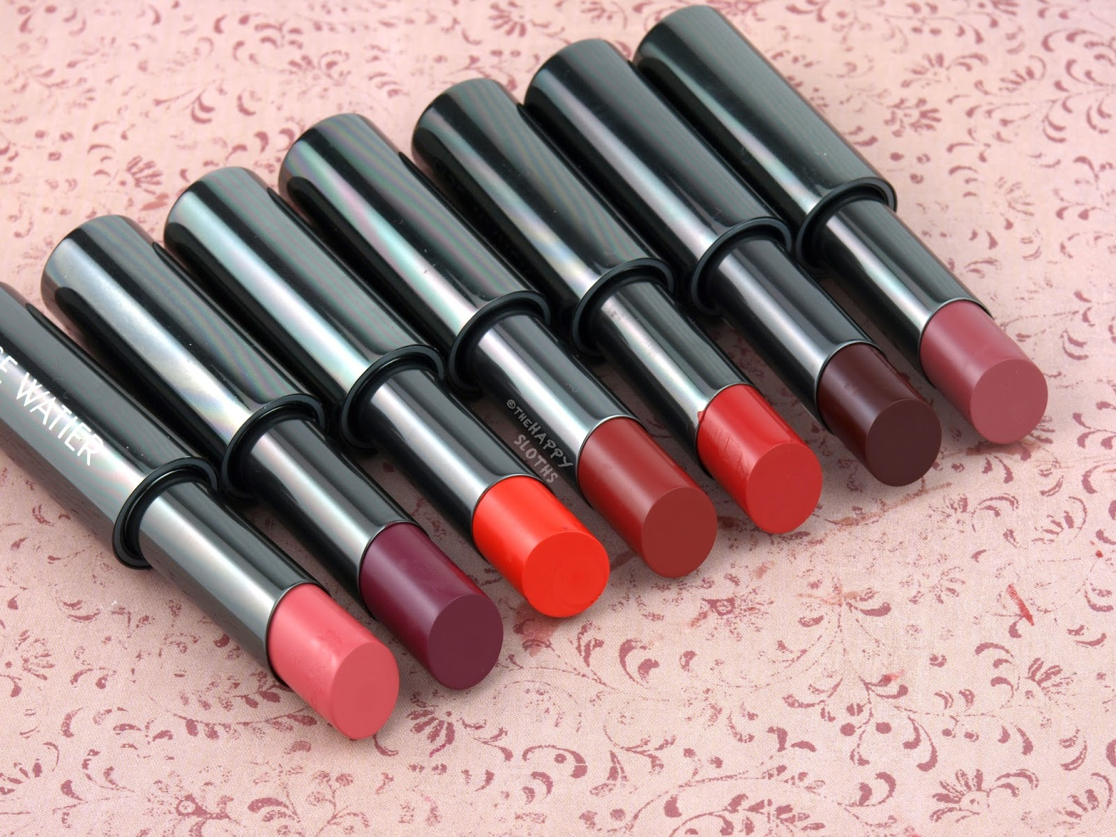 Lise Watier Rouge Intense Supreme Lipstick: Review and Swatches