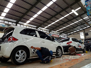 mazda 2 cutting sticker