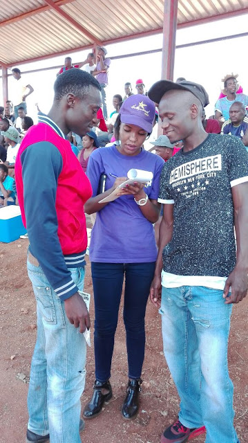 Signing Up Hollywoodbets Customers in Makhado Easter Sports Festival