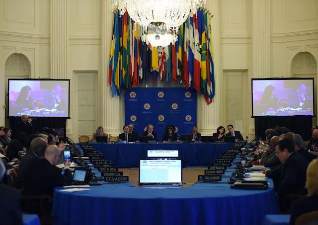 Tras votación de la OEA expertos ven difícil situación regional para Maduro