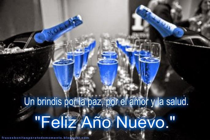 Un brindis por la paz, por el amor y la salud. Feliz Año Nuevo.