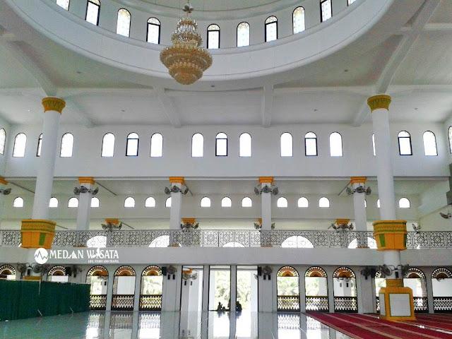 Kemegahan serta Keindahan Masjid Agung H.Ahmad Bakrie Kisaran