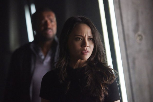 Dark Matter - Episode 2.10 - Take The Shot - Promo, Promotional Photos & Synopsis