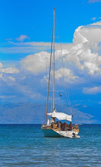 Yacht. Corfu. Ionian Sea. Яхта. Корфу. Ионическое море.