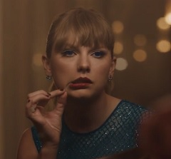 Taylor Swift lança clipe de Delicate