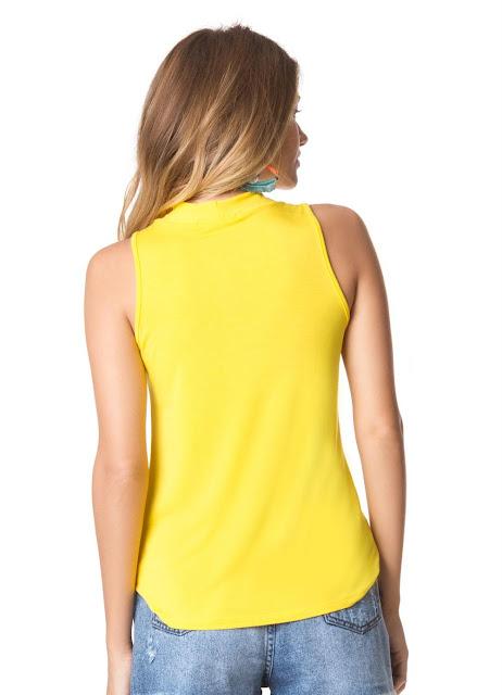Blusa sem mangas com detalhe diferenciado no decote para compor looks incríveis