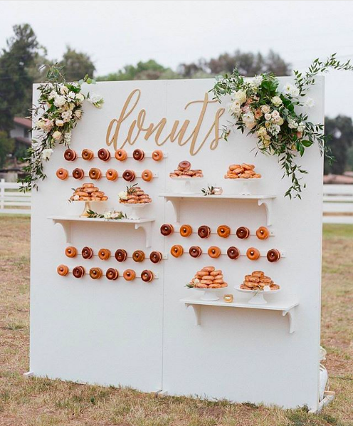 white doughnut wall at a wedding