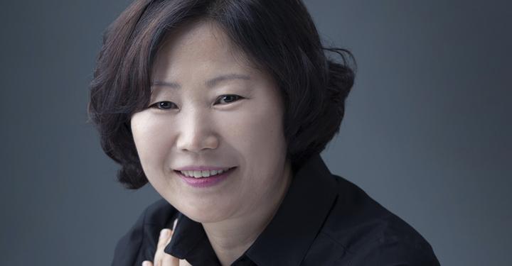 sun_mi_hwang_author