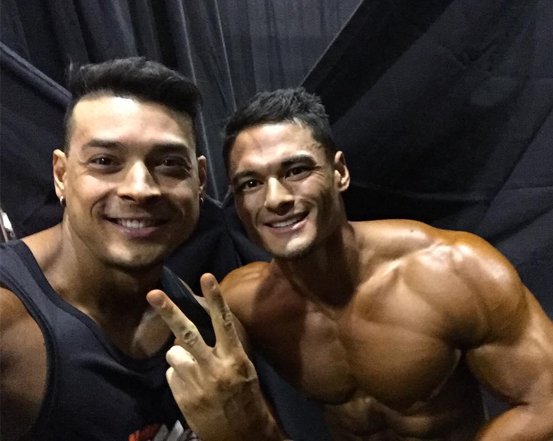 Felipe Franco e Jeremy Buendia no backstage do Mr. Olympia 2016. Foto: Arquivo pessoal