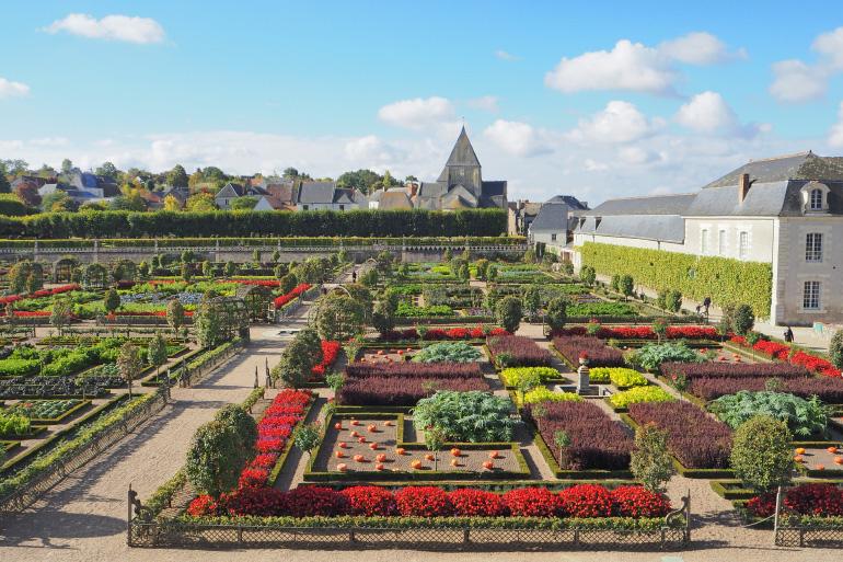 Visite des ch teaux de la loire 2 louise grenadine - Les jardins de la renaissance azay le rideau ...